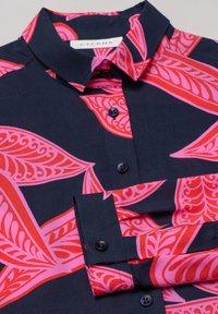 Eterna - MODERN CLASSIC - Button-down blouse - royalblau pink - 4