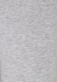 Vero Moda Petite - VMKOKO PANT  - Tracksuit bottoms - light grey melange - 2