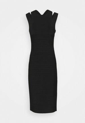 CRISS CROSS BACK DRESS - Pouzdrové šaty - black