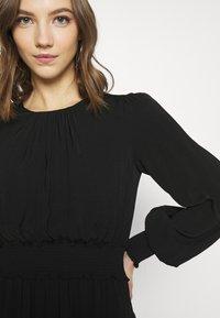Forever New - JESSICA LONG SLEEVE SMOCK DRESS - Day dress - black - 6
