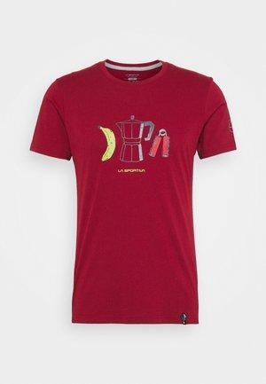 BREAKFAST - Print T-shirt - chili