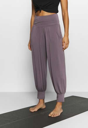 PANTALONE ODALISCA - Tracksuit bottoms - purple gray