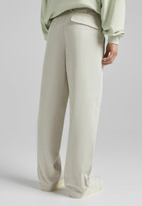 Bershka - Relaxed fit jeans - sand - 2