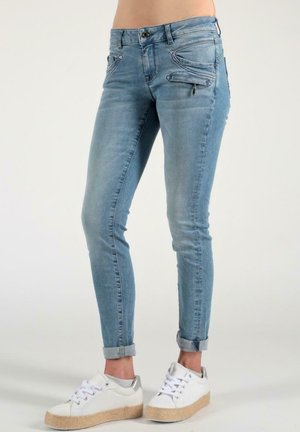 SUZY  - Jeans Skinny Fit - dakota blue
