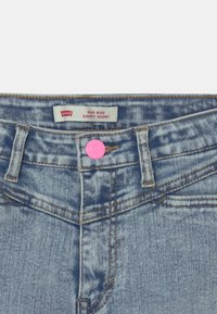 Levi's® - HIGH RISE - Denim shorts - light-blue denim - 2
