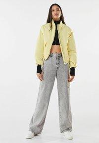 Bershka - Light jacket - yellow - 1