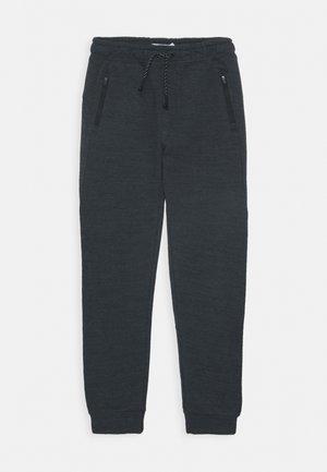 NKMSCOTT PANT - Teplákové kalhoty - dark sapphire