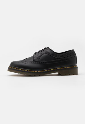 VEGAN 3989 FELIX RUB OFF - Lace-ups - black