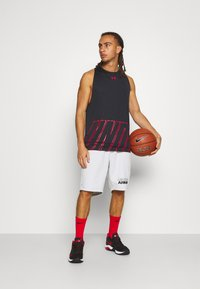 Under Armour - BASELINE REVERSIBLE TANK - Top - black/red - 1