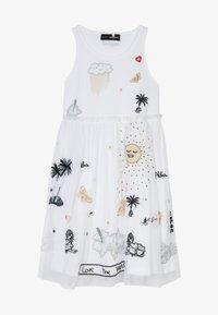 Desigual - TUXTLA - Sukienka z dżerseju - blanco - 2