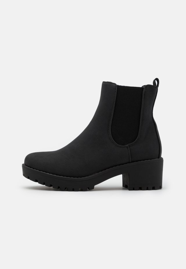 KENNEDY GUSSET BOOT - Stivaletti con plateau - black