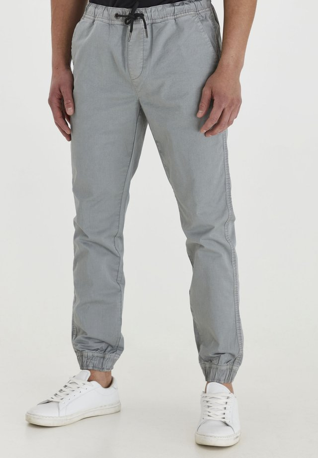 BRADEN - Jeans Tapered Fit - light grey