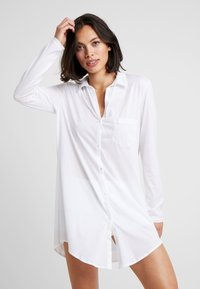 Hanro - DELUXE NIGHTDRESS - Nightie - white - 0