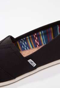 TOMS - CLASSIC - Slip-ons - black - 5