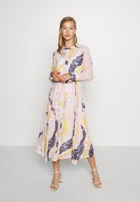 Nümph - KYNDALL DRESS - Shirt dress - multi coloured - 0