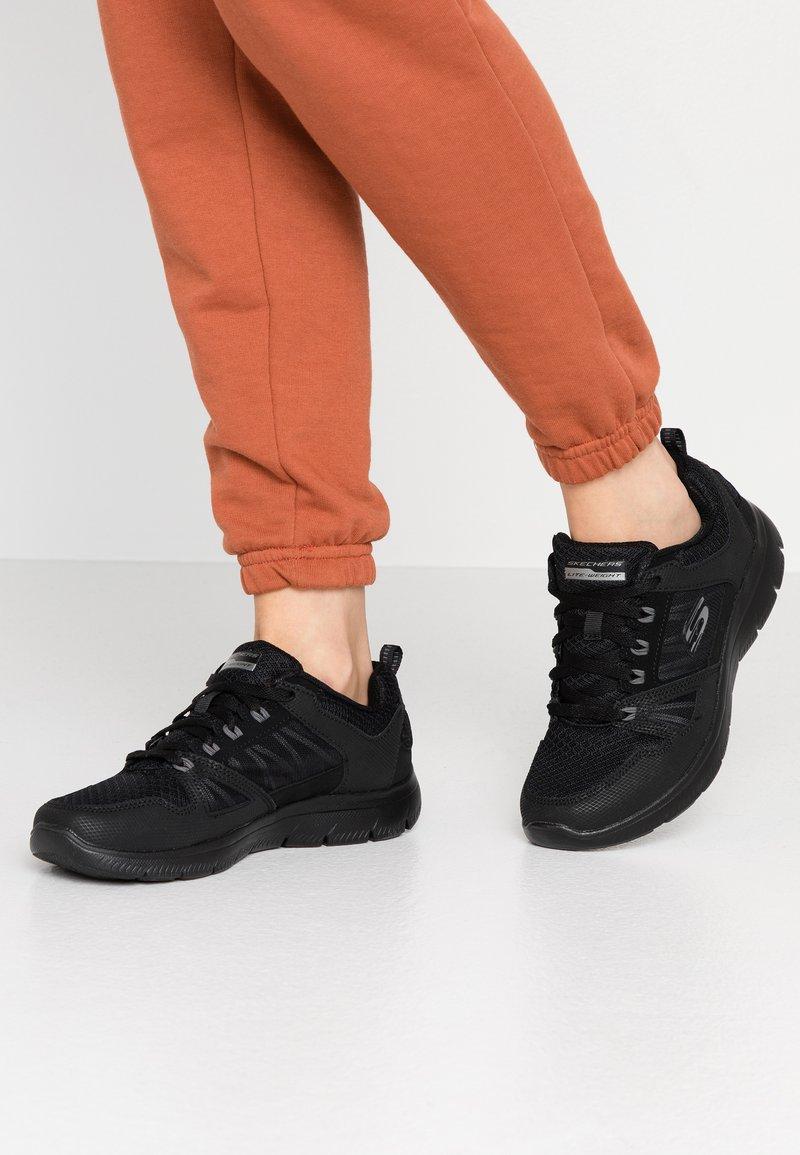 Skechers Sport - SUMMITS - Zapatillas - black