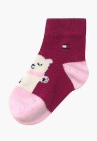 Tommy Hilfiger - BABY BEAR GIFTBOX 3 PACK - Ponožky - pink - 1