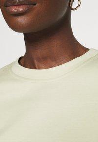 ARKET - Basic T-shirt - mint green - 3