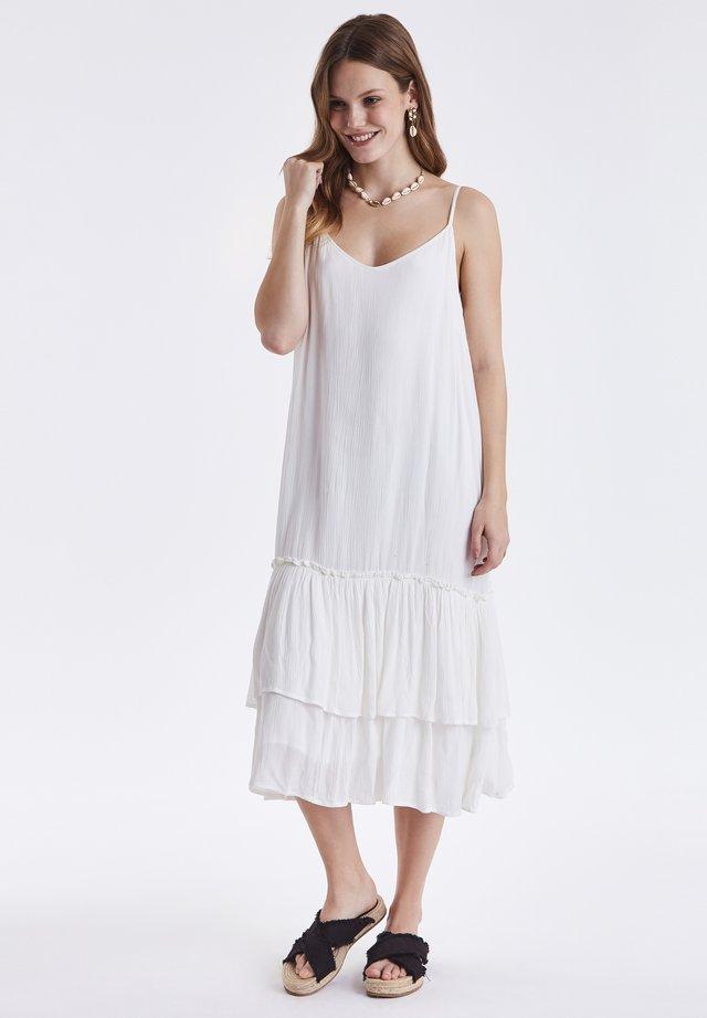 BYHAZELLE DRESS - Sukienka letnia - off white