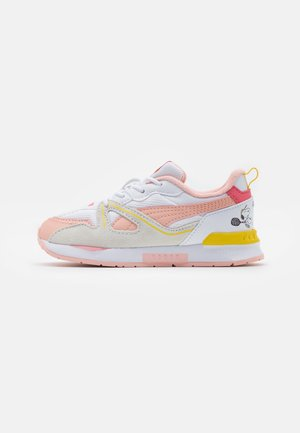 PEANUTS SNOOPY MIRAGE MOX UNISEX - Sneakers laag - white/apricot blush