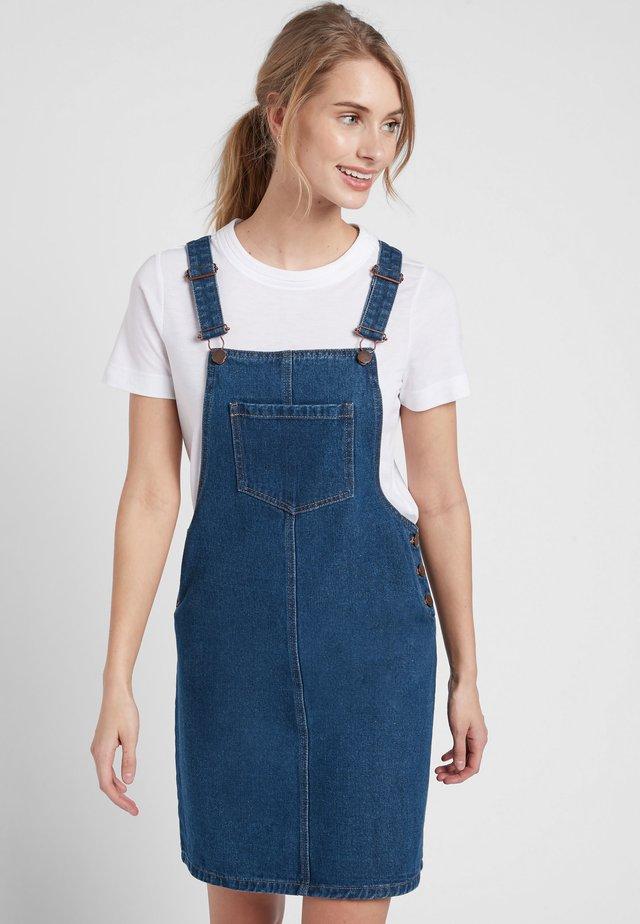 BLACK DENIM PINAFORE DRESS - Denimové šaty - blue