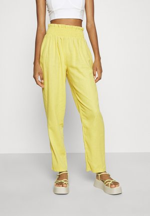 SHIRRED WAIST STRAIGHT LEG - Pantalones - yellow