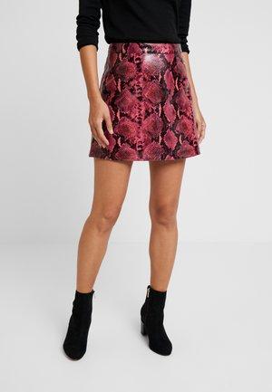 YOLANDA  - Minifalda - pink
