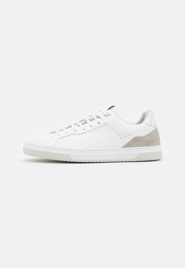 SWITON - Sneakers laag - white