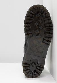 Dr. Martens - SINCLAIR - Platform ankle boots - black/aunt sally - 6