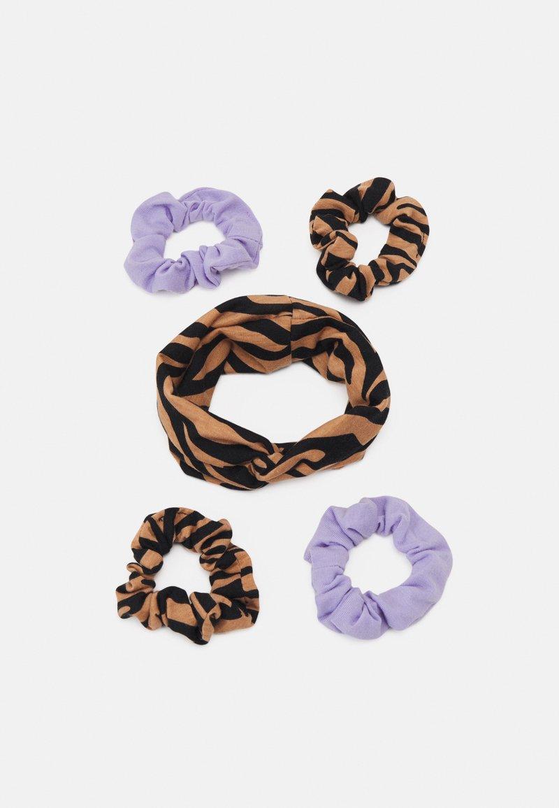 Gina Tricot Mini - MINI SCRUNCHIE HEADBAND SET - Hair styling accessory - brown/lilac