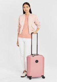 Kipling - CURIOSITY S - Luggage - metallic rust - 1