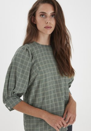 Blouse - deep lichen green