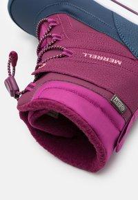 Merrell - SNOW BANK 2.0 WTRPF UNISEX - Winter boots - berry - 5