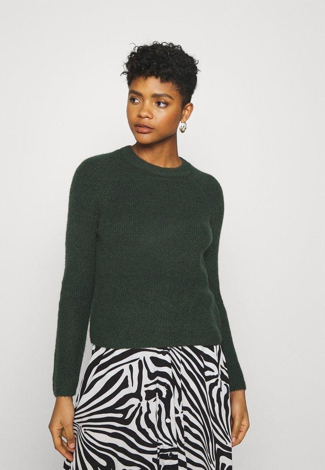 PCELLEN - Sweter - dark green