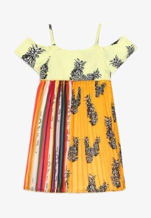 Maxi dress - gelb