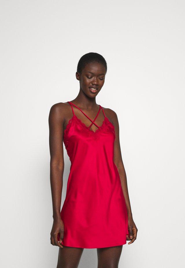 GIFT SET - Noční košile - dark red
