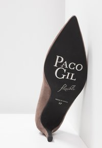 Paco Gil - MARIEL - Classic heels - topo - 6
