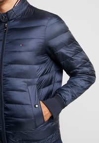 Tommy Hilfiger - ARLOS BOMBER - Light jacket - blue - 5