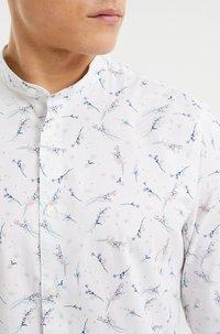 WE Fashion - Shirt - white - 3