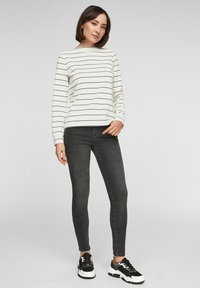s.Oliver - Long sleeved top - off-white stripes - 1