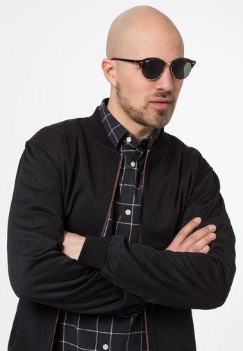 CLUBROUND - Sunglasses - brown/green