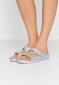 Scholl - BAHIA - Pantofle - argent - 0