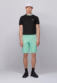 BOSS - LIEM - Shorts - open green - 1