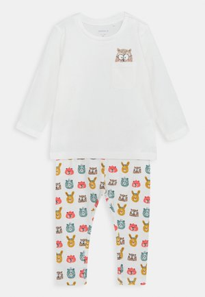 NBNUMLO SET UNISEX - Leggings - Trousers - snow white