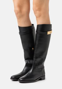 Tory Burch - RIDING BOOT - Boots - perfect black - 0