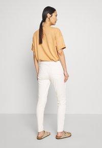 Expresso - DUNJA - Slim fit jeans - milchweiß - 2