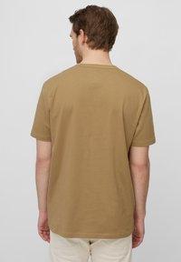 Marc O'Polo - Basic T-shirt - chestnut chocolate - 2