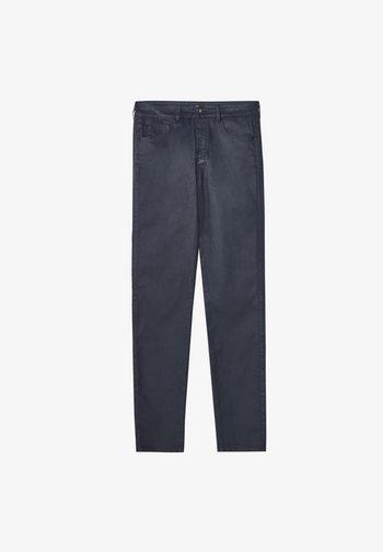 MIT GUMMIERTEM FINISH - Jeans Skinny Fit - dark blue