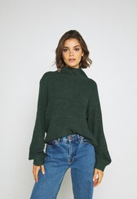 Monki - LIBBY - Strikkegenser - green dark - 0