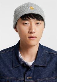 Carhartt WIP - CHASE BEANIE - Pipo - grey heather/gold - 1